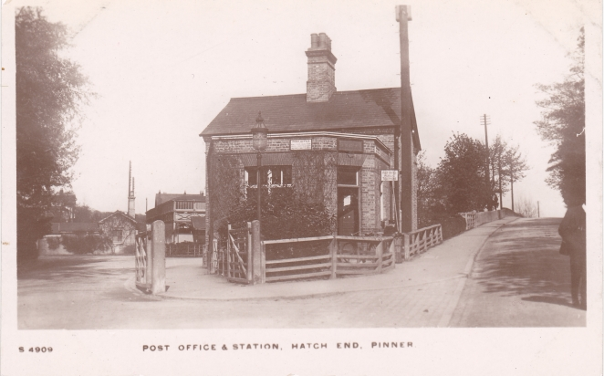 Hatch End Station circa 1911